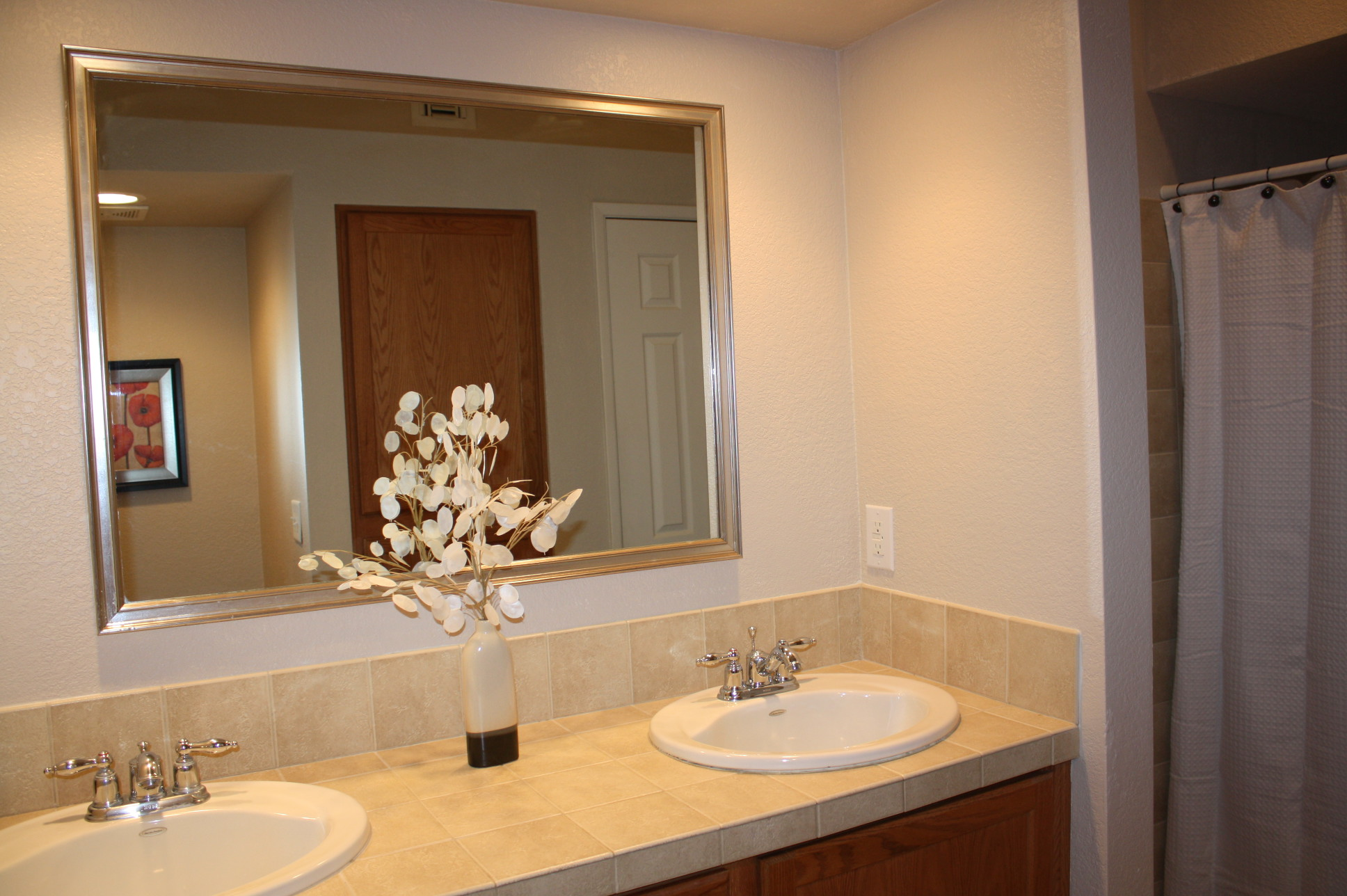 Bathroom Sinks Tucson tucson furnished rentals in ventana vista |