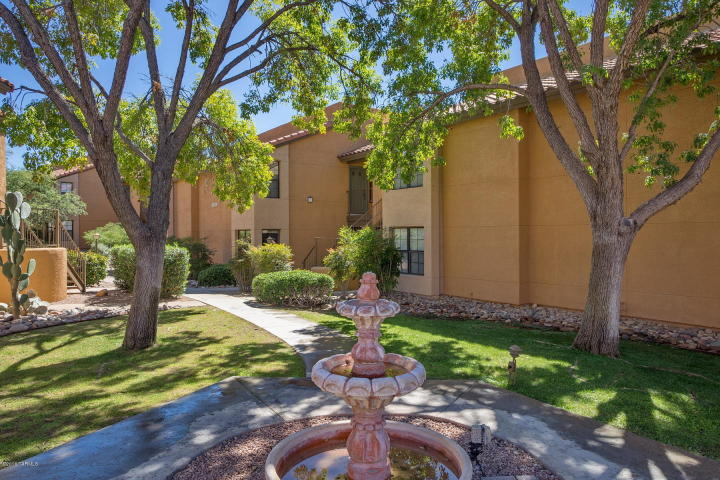 Private Ground Floor Catalina Foothills Condos