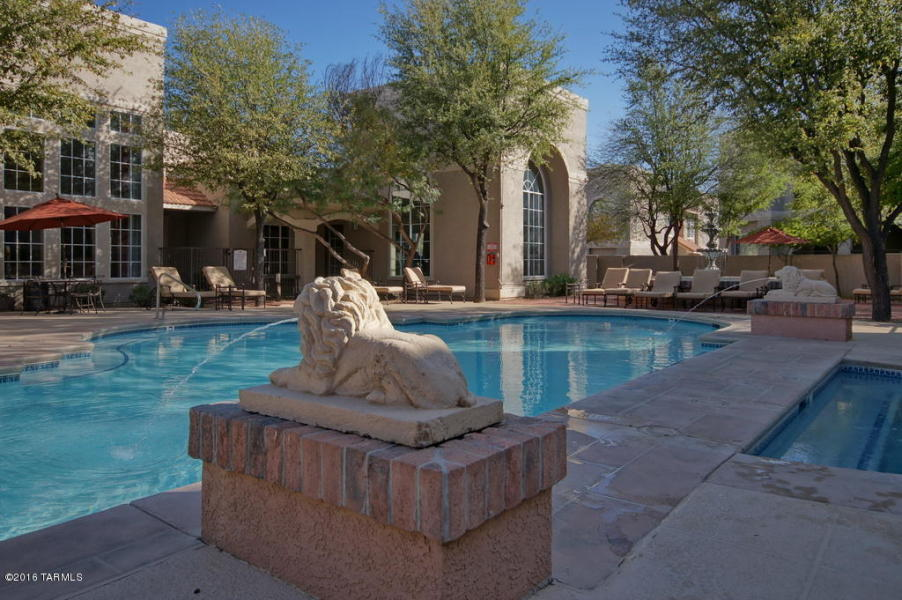 Oro Valley Furnished Condo