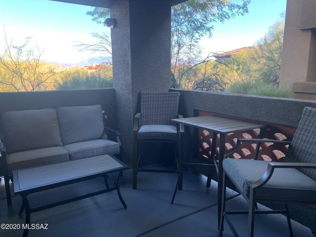 Veranda at Ventana Condominiums